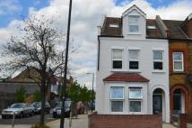 2 bed Flat to rent in Merton High Street...