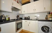 High Street Colliers Wood Flat to rent
