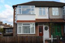 3 bed Flat for sale in Abbey Road, Wimbledon...