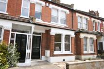 2 bedroom house in Hotham Road, Wimbledon...