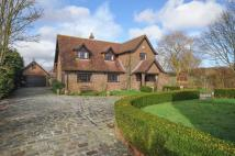 4 bedroom Detached house in Brook, TN25