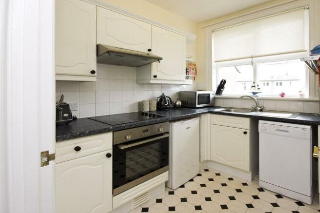 kitchen - upper apar