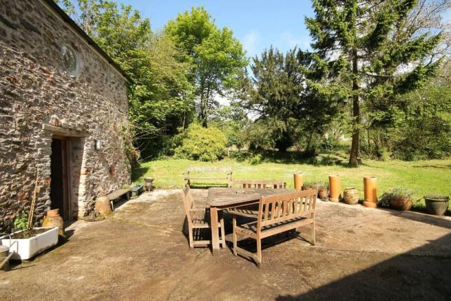 patio & stone barn
