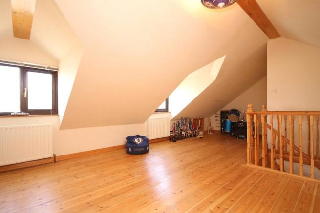 attic room 2