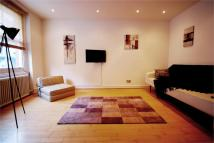 Flat to rent in Old Compton Street, Soho...