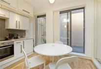 1 bedroom Apartment in Holmes Road...