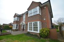 Ground Flat to rent in Chalfont St Peter
