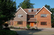 6 bedroom Detached house in Gerrards Cross