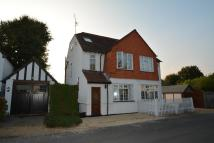 3 bed semi detached house to rent in THE QUEENSWAY...
