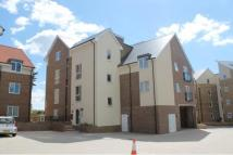 Flat to rent in Southlands Way...