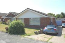 2 bedroom Detached Bungalow in Slonk Hill Road...