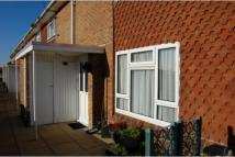 2 bedroom Maisonette in Southwick Square...