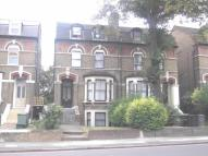 1 bed Flat to rent in Queens Road, London, SE14