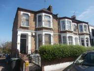 Flat in Musgrove Road, London...