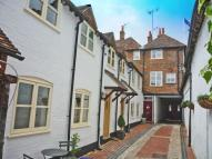 Town House to rent in HENLEY-ON-THAMES...