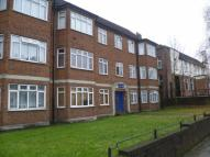 Royal Court Court Road Flat to rent