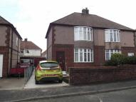 3 bedroom semi detached house in Queens Avenue, Flint...