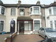 3 bedroom house in Blythswood Road, Ilford...