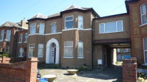 Apartment for sale in Broomhill Road, Ilford...