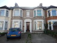 Flat in Wellwood Road, Ilford...