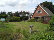 4 bed Detached Bungalow for sale in St Marys Road, Bcecles...