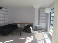2 bed Apartment in NORTH MEWS, London, WC1N