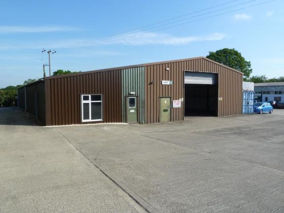 Light industrial / warehouse units, Redgrave, Suffolk £3.50/sqft