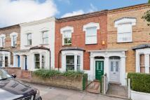 3 bedroom home in Canning Road, Highbury...