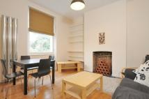 Flat to rent in Mildmay Park, Canonbury...