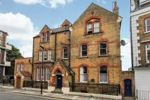 3 bedroom Flat to rent in St Peters House...