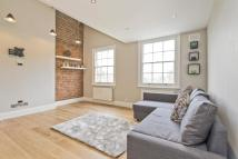 Flat to rent in Barnsbury Road...