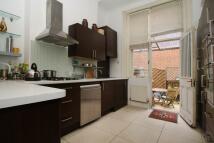3 bedroom Flat to rent in Wenlock Street...