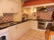 3 bedroom semi detached house in The Park, Woodlands, DN6