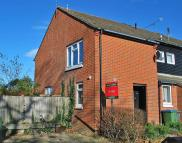 2 bed property to rent in Serrin Way, Horsham, RH12
