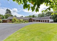 6 bed Detached home for sale in Broad Lane...