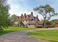 5 bedroom Detached home for sale in Broadclose House...