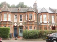 2 bed Flat for sale in Cornwallis Road...