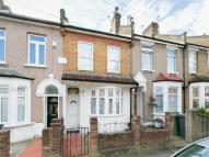 2 bed property for sale in Bramley Close...