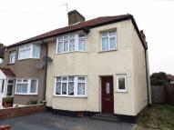 3 bed semi detached home to rent in Northdown Road, WELLING...
