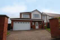 Detached home in Elmcroft Lane, Hightown...