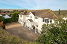 5 bedroom Detached home in Ovingdean Road...
