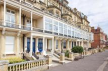 2 bedroom Flat in Kings Gardens, Hove...