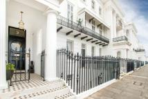 2 bed Flat in Arundel Terrace...