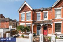 Flat to rent in Cissbury Road, Hove...