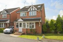 5 bedroom Detached property in Hazelwood Close...