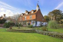 6 bed Detached property for sale in High Road Eastcote...