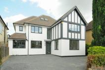 5 bedroom Detached house in Anselm Road, Hatch End...