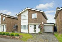 4 bed Detached house in Arden Mhor, Pinner...