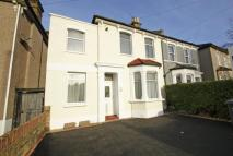 3 bed Flat in Houston Road...