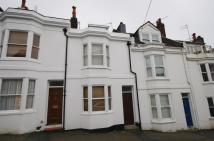 3 bed house in Dean Street, Brighton
